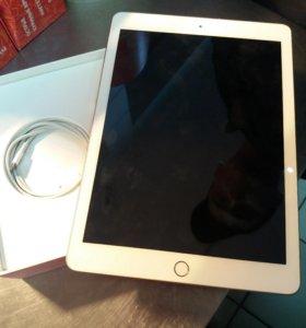 iPad -MPGT2RU/A iPad wi-fi 32 GB GOLD