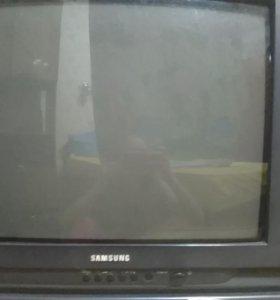 Телевизор (Samsung)