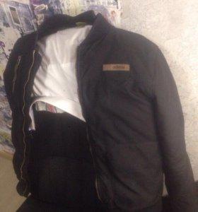 Продам куртку adidas neo
