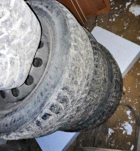 Резина зимняя шипованная Bridgestone 195/60 r15