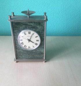 Часы камень