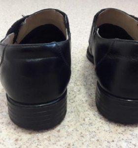 Уставные туфли