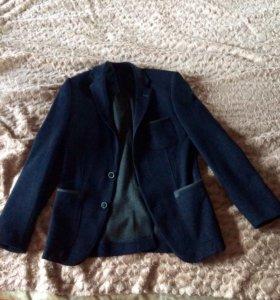 Стильный пиджак (новый)