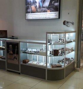 Торговый павильон в ТЦ и интернет-магазин