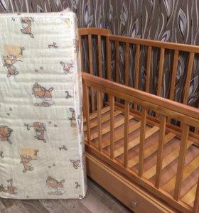 Детская кроватка и ортопедический матрас