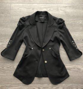 Пиджак Gucci, оригинал, шикарный, состояние нового