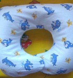 Подушка-воротник для купания младенцев