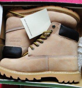 Новые стильные натуральные теплые ботинки