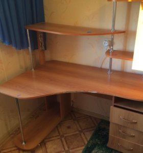 Мебель. Стол. Письменный стол.