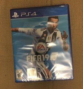 Игра FIFA19 PS4, язык ENG, новый.
