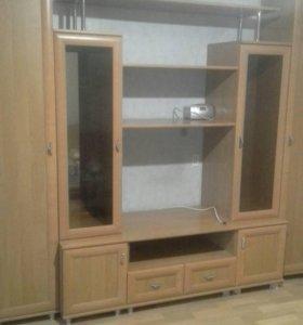 Шкаф сервант со шкафчиками