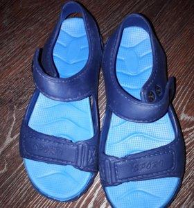 Пляжные сандали