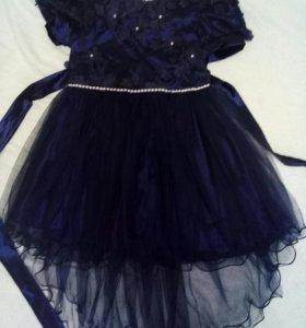 Платье для девочки,р.32
