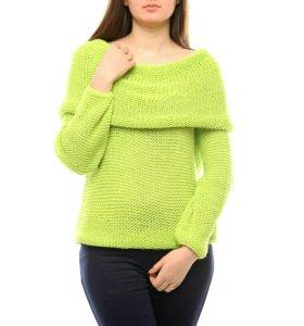 Новый шерстяной свитер