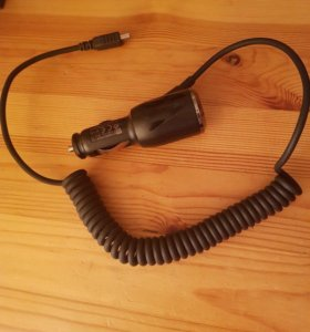 HTC зарядка автомобильная