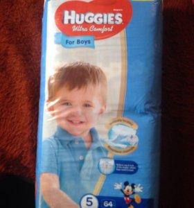 Памперсы Huggies Ultra Comfort для мальчиков