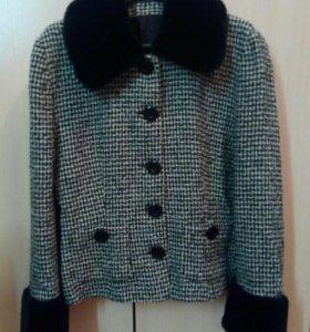 Пиджак,размер 46-48
