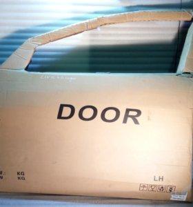 Дверь передняя левая Honda Civic 4D седан