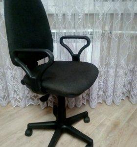 Стул компьютерный (офисный)