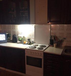 Кухня б/у в хорошем состоянии