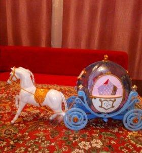 Игрушка карета с лошадкой(с подсветкой)