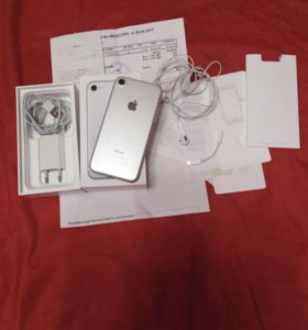 Продам Айфон 7/128gb
