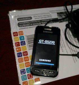 Телефон Samsung GT S5230