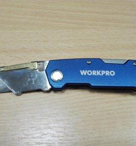Нож Workpro раскладной с трапециевидным лезвием