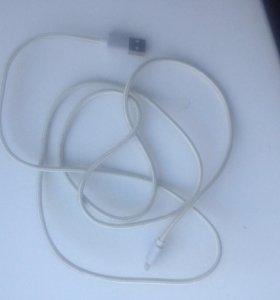 Оригинальный кабель на айфон и aipad
