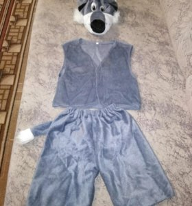 Новогодний костюм волка.