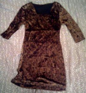 Иксклюзивное бархатное платье