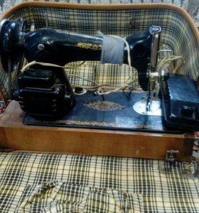 Швейная машина. Срочно!!!!