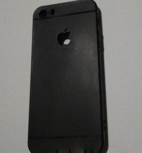 Чехлы на Iphone 5 - 5s