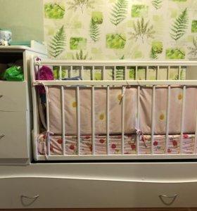 Детская кроватка-трансформер, до 3х лет.