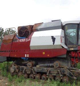 """Зерноуборочный комбайн РСМ-102 """"Vector-450 Track"""""""