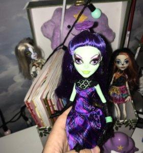 «Monster High» Нефера и Аманита