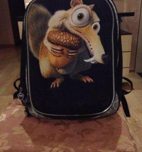 Рюкзак школьный. Ледниковый период.
