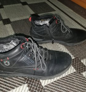 Мужские ботинки зима 42р
