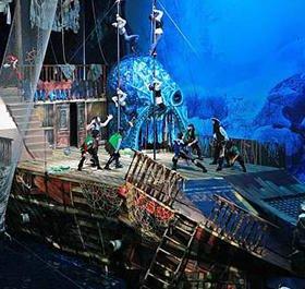 Новогоднее водное шоу Пираты и корабль-призрак