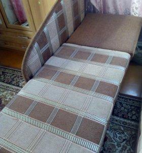 Продам диван-софа.возможен торг