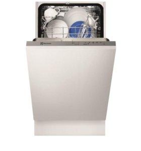 Встраиваемая посудомоечная машина Electrolux ESL94