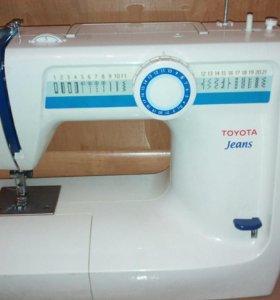 Швейная машинка Toyota.