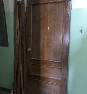 Дверь из масива