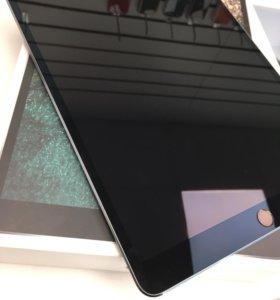 iPad Pro 10,5 64 + cellular gray