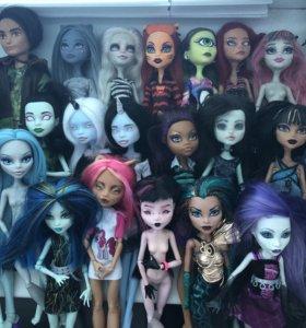Ооак и обычные куклы монстер хай
