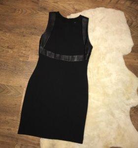 Платье со вставками из кожзама
