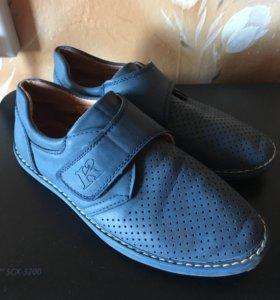 Туфли для мальчика р-р 36