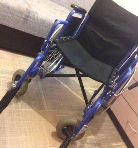 Инвалидная коляска в отличном состоянии