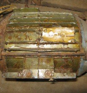 электромоторы 380