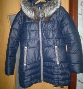 Продам женскую зимнюю куртку ,натуральный мех